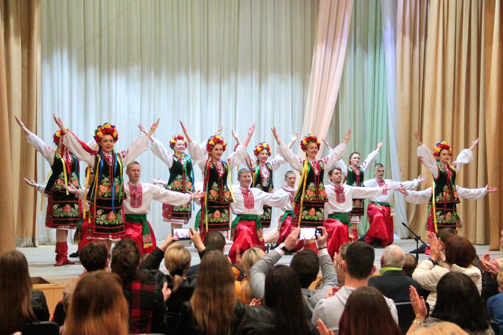 Народний ансамбль народного танцю «Весна»