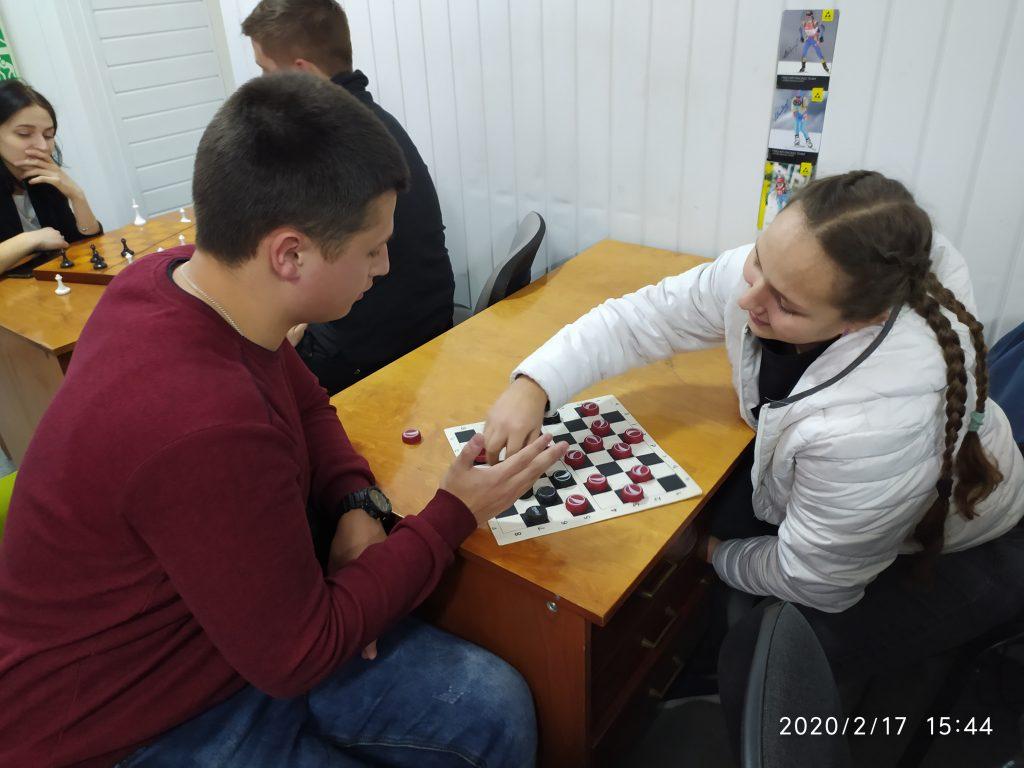 У СНАУ пройшли змагання з гри в шашки